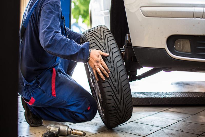 Home Reifen Service Boblingen Wir Wechseln Ihre Reifen Bei Ihnen